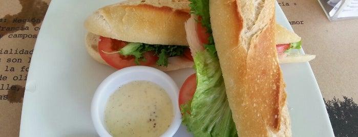 Chez Céline is one of Para comer en Playa del Carmen.