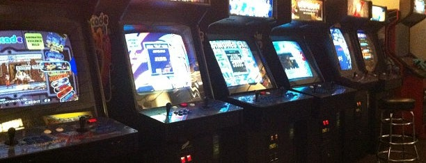 Diversions Game Room is one of Arcades.