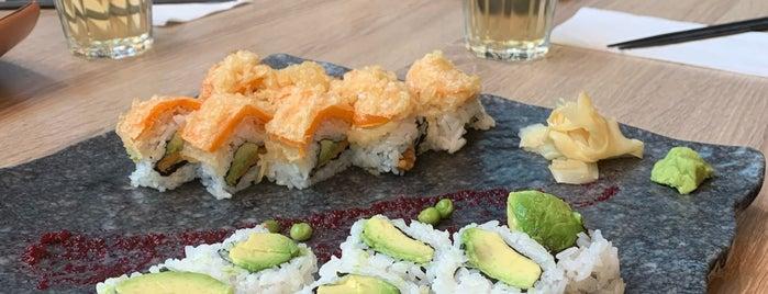 Sushi Mugen is one of สถานที่ที่ Juan jo ถูกใจ.