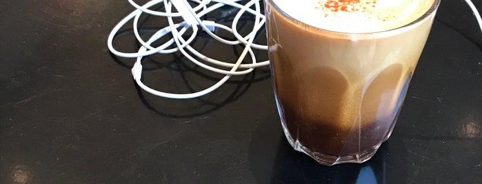 Coffee Company is one of Tempat yang Disukai Melike.