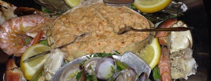 Prazeres do Mar is one of Lieux qui ont plu à Tahsin.