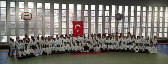 Vadi Yurdu Spor Salonu is one of Spor Tesisleri.
