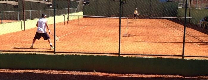 Cantuaria Academia De Tenis is one of Tempat yang Disukai Poliana.