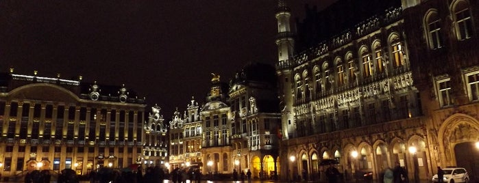 Grand Place is one of Go Ahead, Be A Tourist.