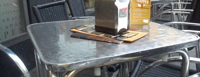 Café & Tapas is one of Posti che sono piaciuti a Alejandro.