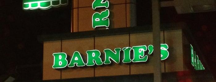 Barn's is one of Lugares favoritos de Tawfik.