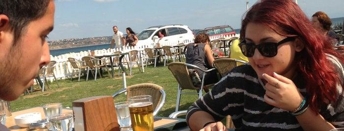 Batı Garden Cafe & Restaurant is one of Posti salvati di Jale.