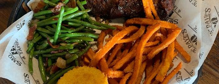 Smokin' Dave's BBQ & Brew - Denver is one of Lugares favoritos de Chip.