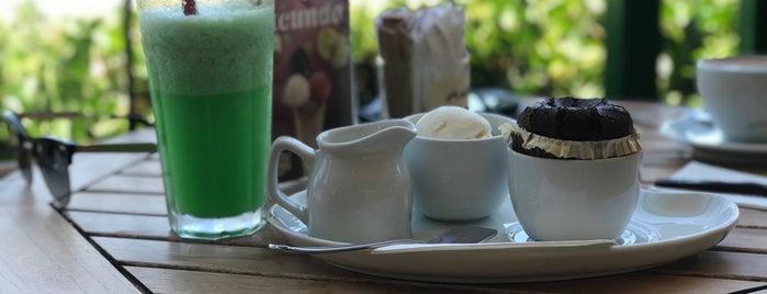 Kahve Dünyası is one of Esraさんのお気に入りスポット.