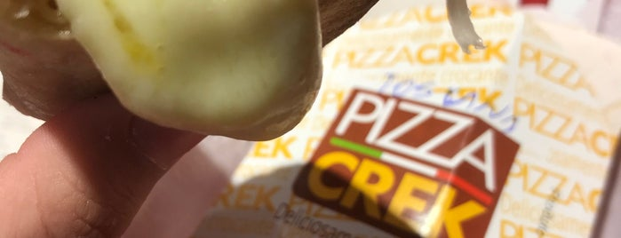Pizza Crek is one of Locais curtidos por Matheus.