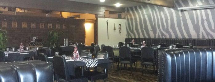 Zulu's Restaurant & Bar is one of Mixy 님이 저장한 장소.