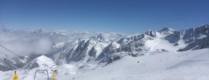 Daunscharte 3117 is one of Stubaier Gletscher / Stubai Glacier.