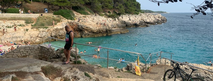 Hawaiian Beach Verudela is one of Croacia.
