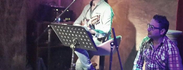 Elhamra (biracı) Canlı muzik is one of sevdiklerimm:).