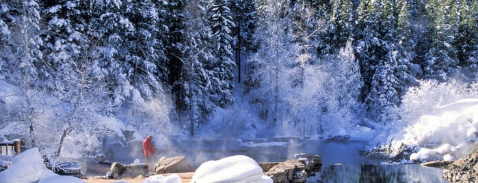 Strawberry Park Hot Springs is one of Lugares favoritos de Erik.