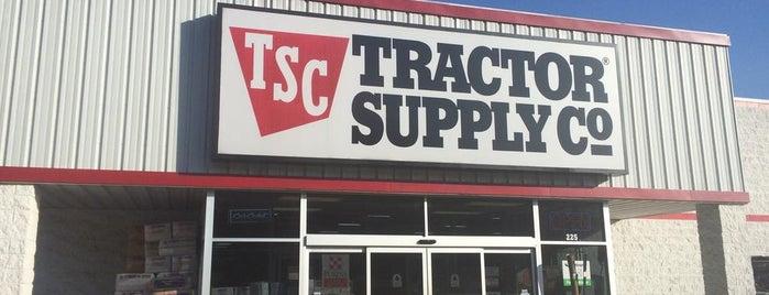 Tractor Supply Co. is one of สถานที่ที่ Tim ถูกใจ.