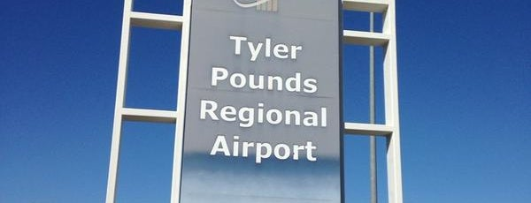 Tyler Pounds Regional Airport (TYR) is one of Hopster's Airports 2.
