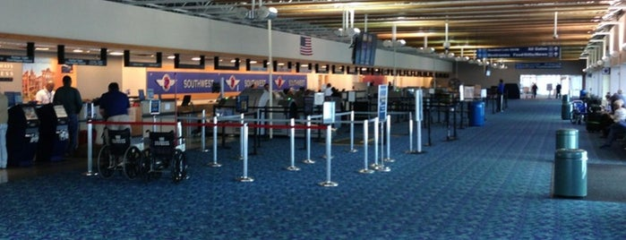 Long Island MacArthur Airport (ISP) is one of Top 100 U.S. Airports.