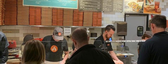 Blaze Pizza is one of Jimmy'in Beğendiği Mekanlar.