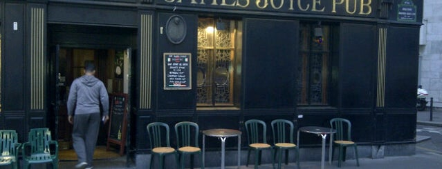 James Joyce Pub is one of Lieux qui ont plu à Olivier.