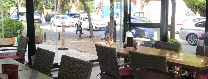 John's Coffee is one of #kahvemtermosta mekanları.
