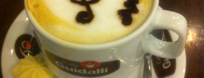 BuleBar Café is one of Tempat yang Disukai M.a..