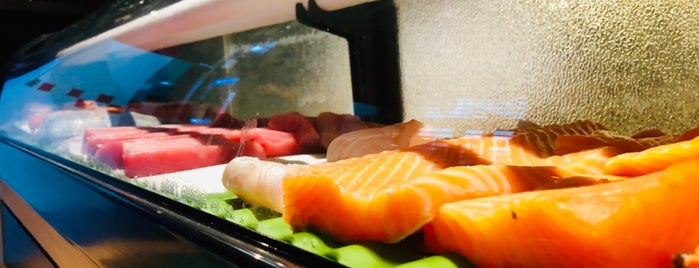 Aron Sushi is one of Best Japanese Restaurants in Portugal.