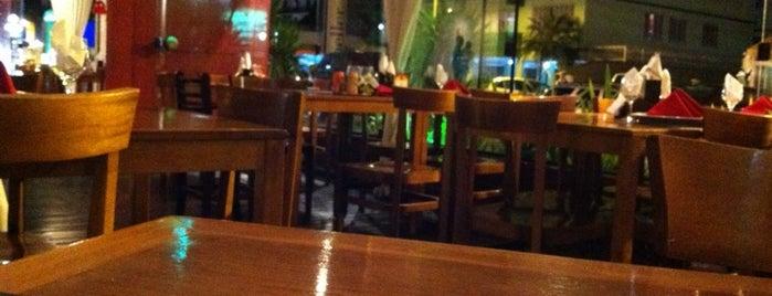 Gourmet Restaurante & Pizzaria is one of Lugares favoritos de Yuri.
