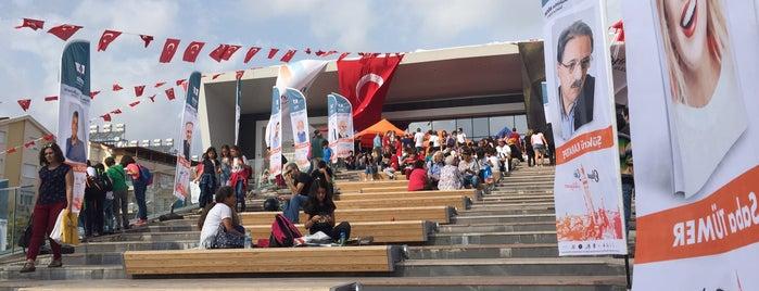 8. Konyaaltı Belediyesi Kitap Fuarı is one of Tempat yang Disukai İsmail.