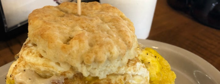Maple Street Biscuit Company is one of Orte, die Clark gefallen.
