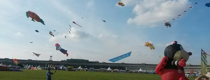 Tempelhofer Feld is one of Show Berlin.