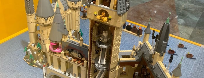 Lego Store México is one of Edwulfさんのお気に入りスポット.