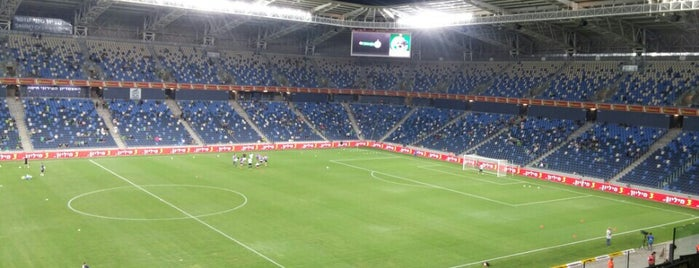 Sammy Ofer Stadium is one of Estadios.