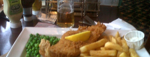 The Pilgrim's Progress (Wetherspoon) is one of Carlさんのお気に入りスポット.