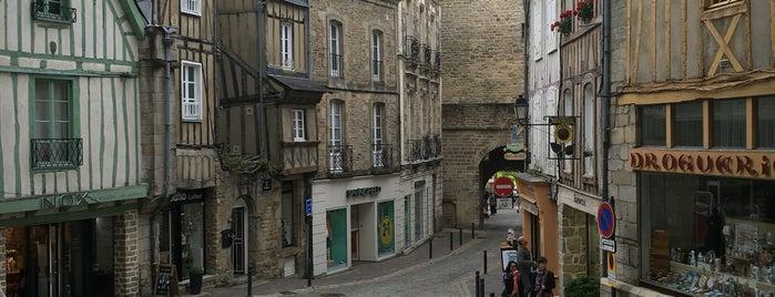 Porte Prison is one of Bretagne.