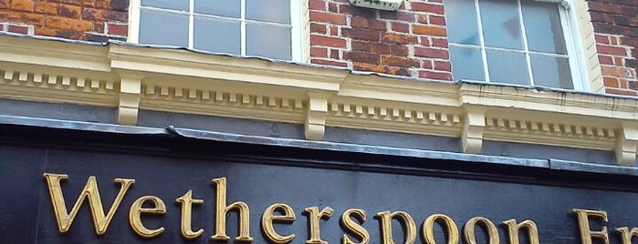 The Golden Lion (Wetherspoon) is one of Cask Marque Pubs 02.