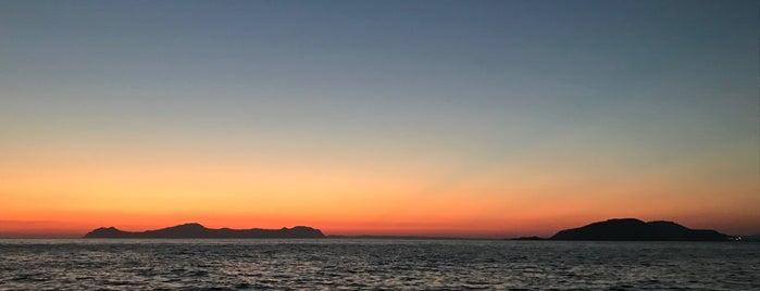 τα λιοτρίδια is one of Greece Islands.