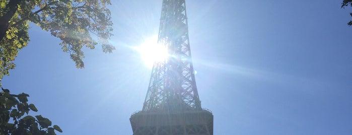 Эйфелева башня is one of Baha : понравившиеся места.