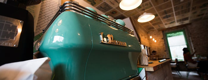 Brickwood Coffee & Bread is one of Coffee/tea shops.