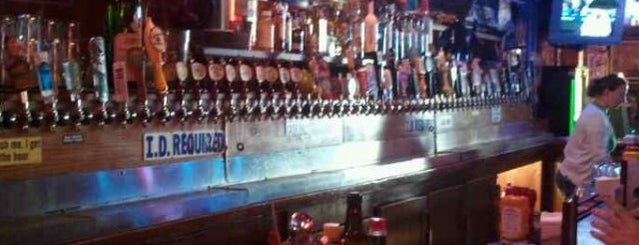 Jacks Cannery Bar is one of Cash Only.