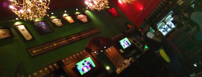 McCarthy's Irish Pub is one of Leliaさんのお気に入りスポット.