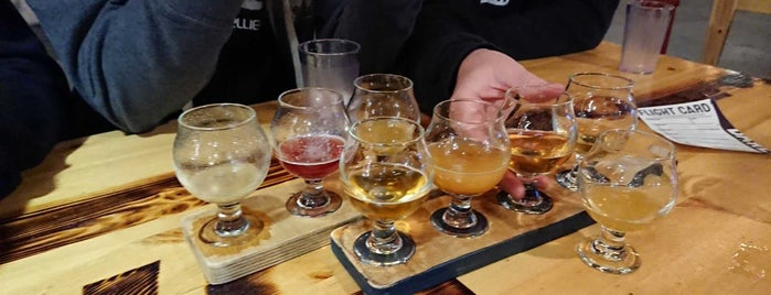 Barebottle Brewing Company is one of Places To Try.