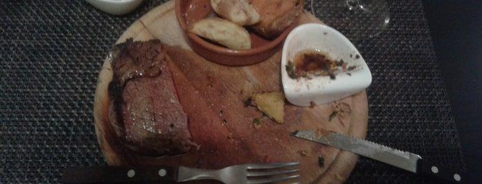 La Huella- Steakhaus is one of Lugares favoritos de Thom.