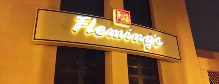 Fleming's Prime Steakhouse & Wine Bar is one of สถานที่ที่ Gerald ถูกใจ.