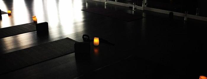 Live Lotus Yoga is one of Posti che sono piaciuti a Meisha-ann.