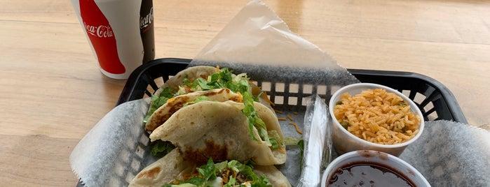 Listo! Fresh Mexican Grill is one of Tempat yang Disukai Alan.