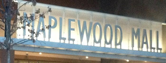 Maplewood Mall is one of Kelly: сохраненные места.