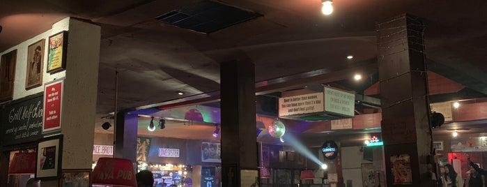 The Jaya Pub is one of Tempat yang Disukai Jocelyn.