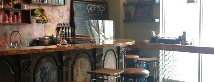 Penny Path Cafe & Crepe Shop is one of Orte, die Waleed gefallen.