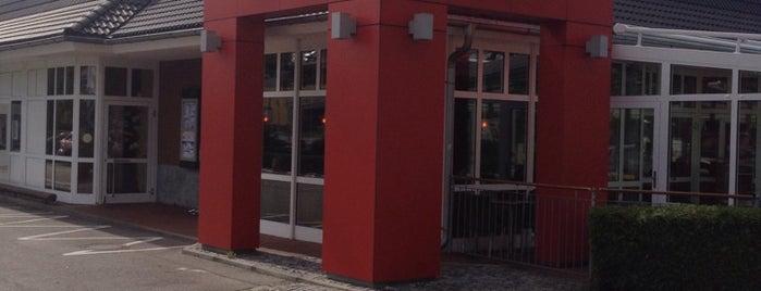 McDonald's is one of N.'ın Kaydettiği Mekanlar.